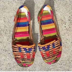 Vintage huaraches rainbow woven flats